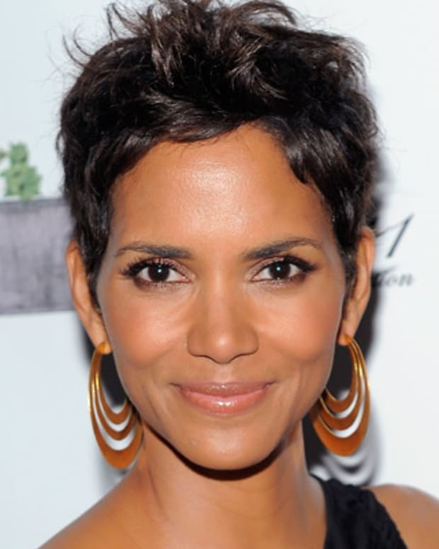 Halle Berry short haircut?